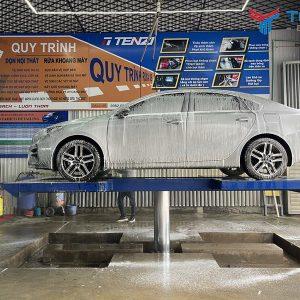 Cầu nâng 1 trụ rửa xe Ấn Độ TEGORE bàn nâng âm nền