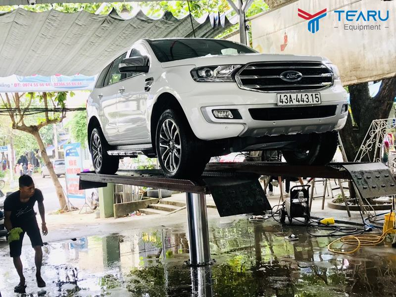 Cách vận hành cầu nâng 1 trụ rửa xe ô tô an toàn