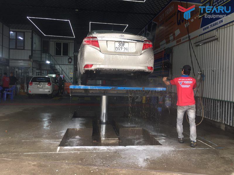 Cầu nâng 1 trụ rửa xe ô tô TAGORE - Lựa chọn hàng đầu cho tiệm rửa xe