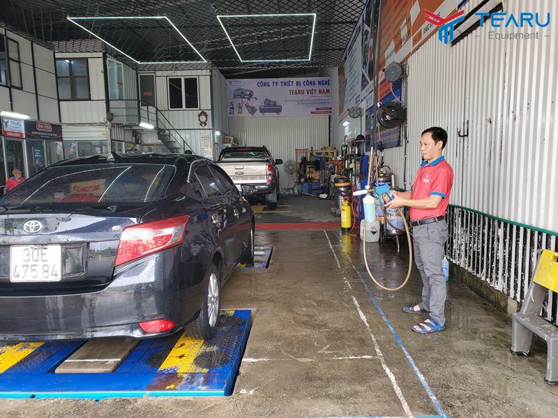 Hướng dẫn rửa xe không chạm chuẩn chuyên gia