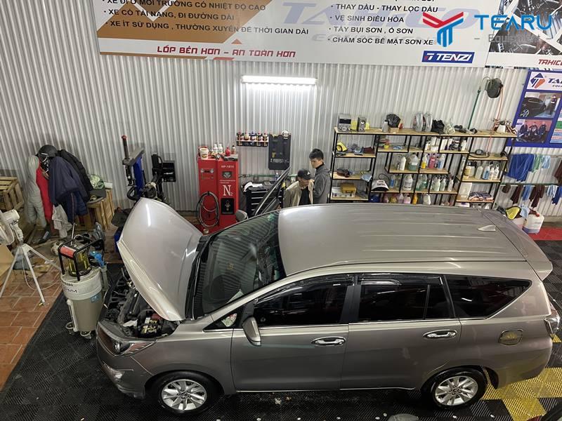 Vệ sinh nội thất ô tô thường xuyên rất tốt cho xe