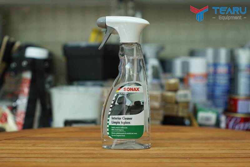 Dung dịch vệ sinh nội thất xe Sonax Car Interior Cleaner