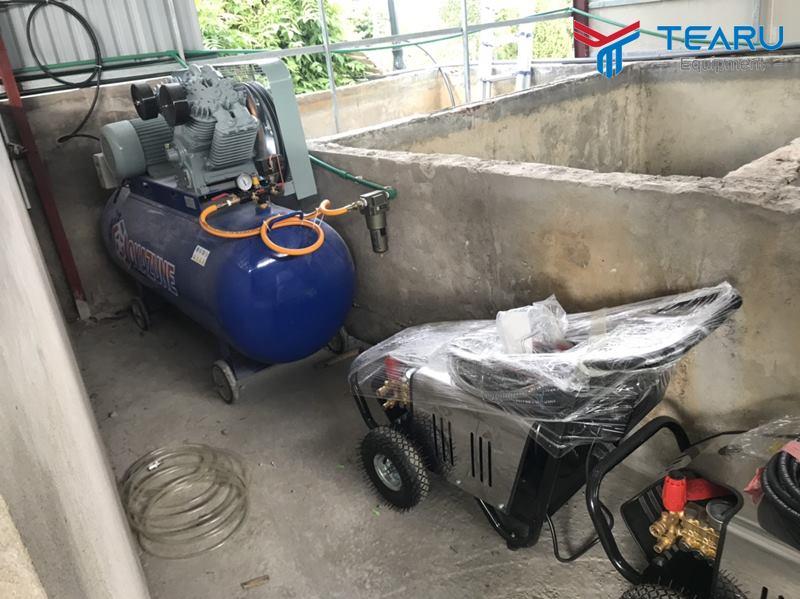 Máy rửa xe và máy nén Okazune