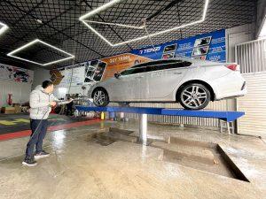 Tay quay rửa xe 360 độ giúp rửa xe tiện hơn