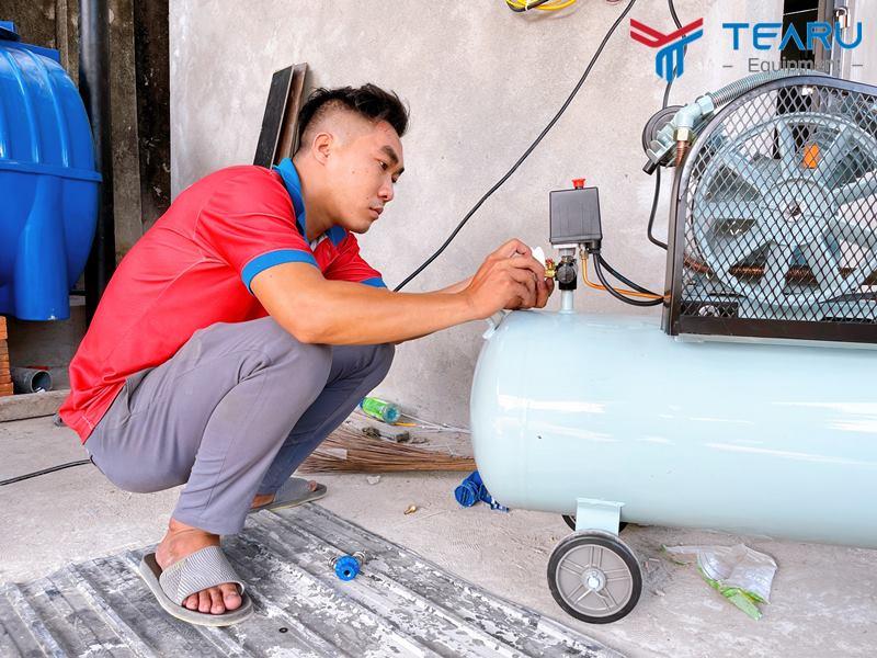 Đấu nối nguồn điện cho máy nén khí