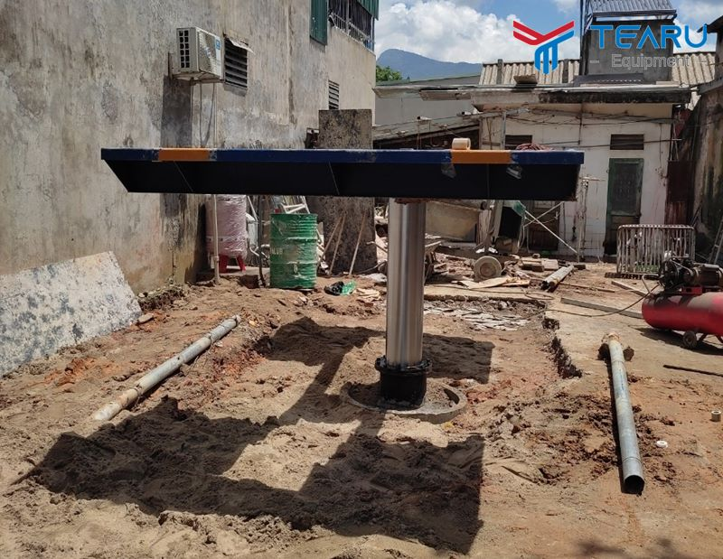 Lắp đặt cầu nâng ô tô 1 trụ cho anh Toản ở Mậu A - Yên Bái