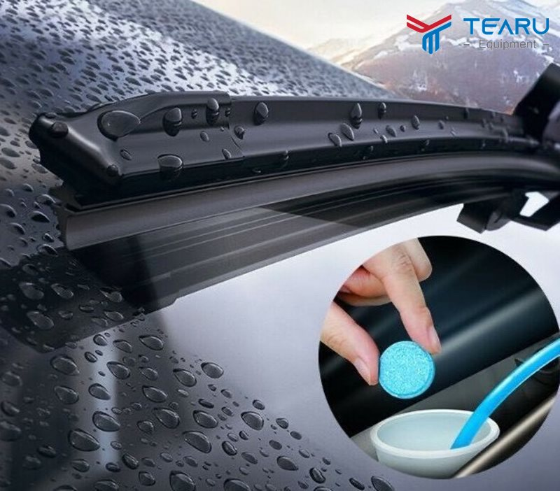 Cách pha viên sủi rửa kính ô tô