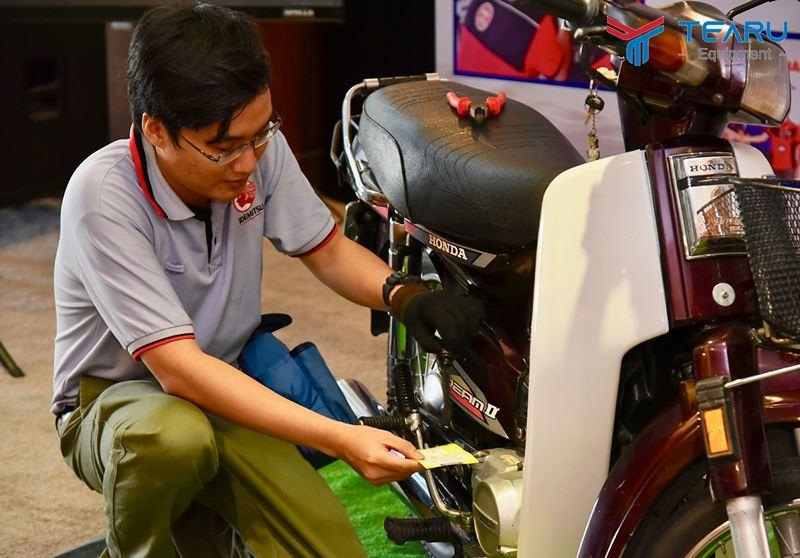 Chăm sóc xe máy với 5 bước cơ bản
