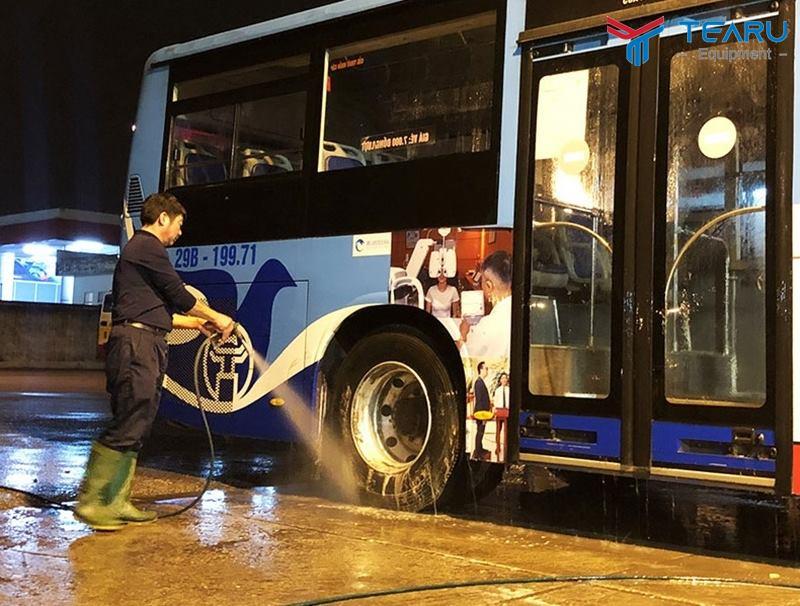 Dịch vụ rửa xe đêm là hướng kinh doanh thu lợi nhuận cao