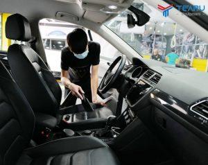 Hướng dẫn vệ sinh nội thất xe ô tô đúng cách