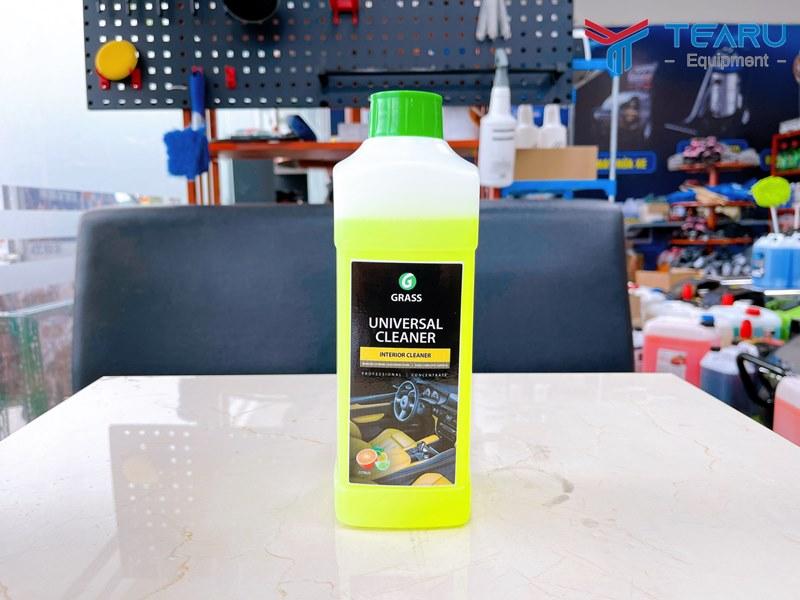 Dung dịch vệ sinh nội thất xe Universal Cleaner 1 lít