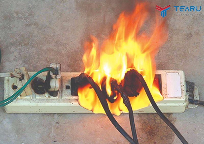 Nguồn điện không ổn định cũng là nguyên nhân gây cháy máy hút bụi